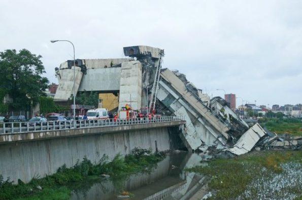 bfd4ba91d7d42b357f2173b581a71c18 595x395 - Число жертв обрушения моста в Генуе возросло до 37 человек
